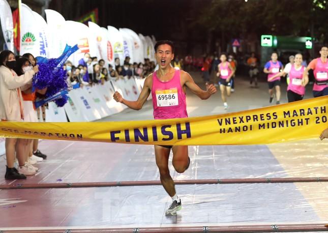 Tìm ra nhà vô địch giải chạy đêm Hanoi Midnight ảnh 13