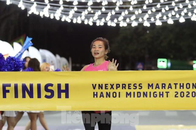 Tìm ra nhà vô địch giải chạy đêm Hanoi Midnight ảnh 15