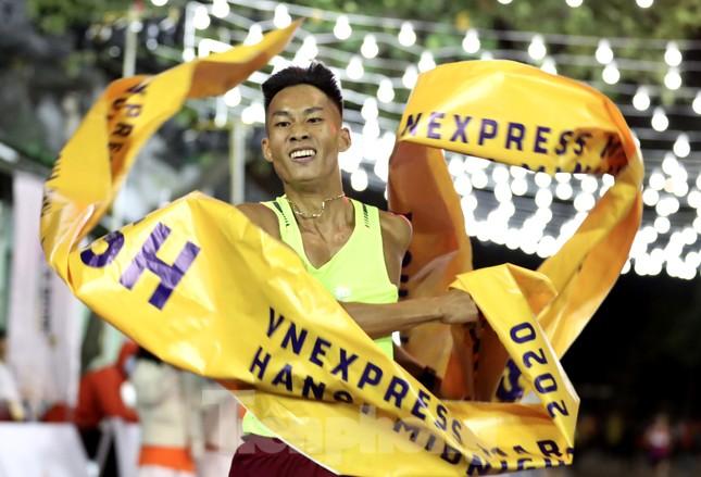 Tìm ra nhà vô địch giải chạy đêm Hanoi Midnight ảnh 16
