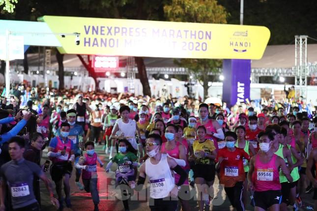 Tìm ra nhà vô địch giải chạy đêm Hanoi Midnight ảnh 2