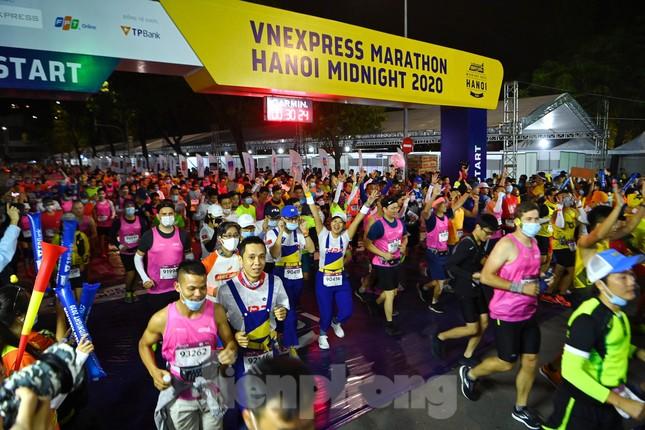 Tìm ra nhà vô địch giải chạy đêm Hanoi Midnight ảnh 3