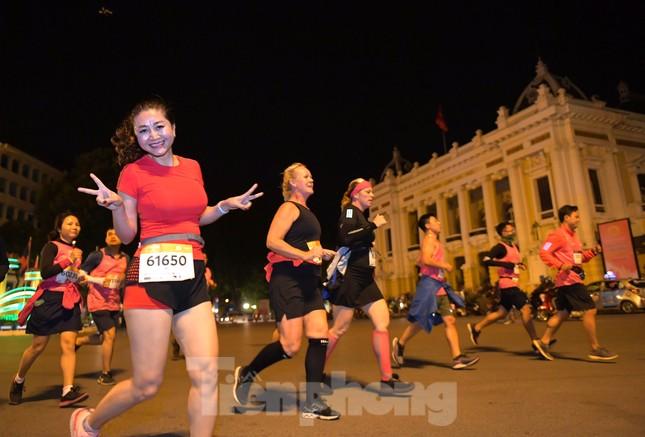 Tìm ra nhà vô địch giải chạy đêm Hanoi Midnight ảnh 5