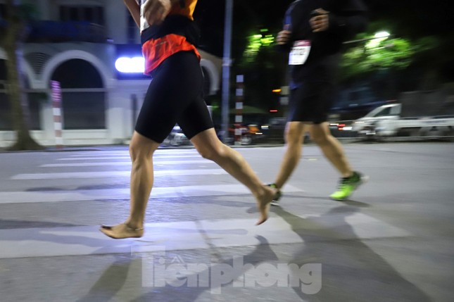 Tìm ra nhà vô địch giải chạy đêm Hanoi Midnight ảnh 7