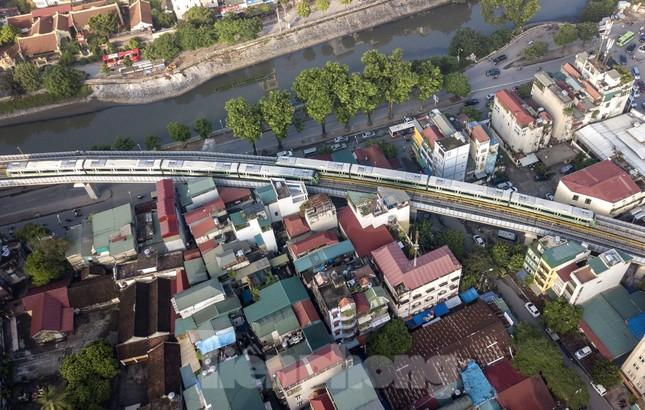9 đoàn tàu đường sắt Cát Linh - Hà Đông đồng loạt chạy thử ảnh 12