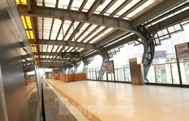 9 đoàn tàu đường sắt Cát Linh - Hà Đông đồng loạt chạy thử ảnh 7