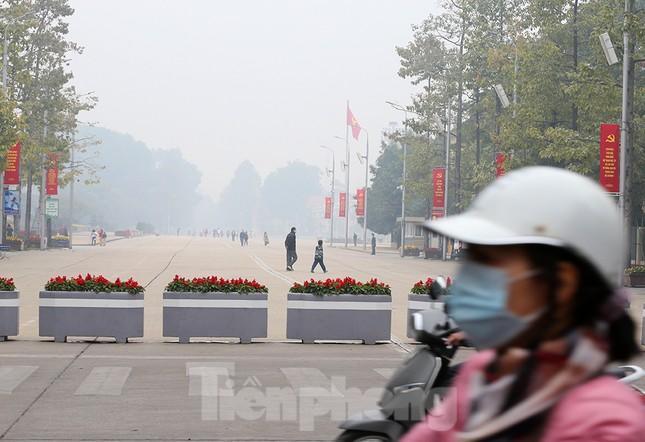 Hà Nội mịt mù trong màn sương dày đặc mỗi sáng ảnh 7