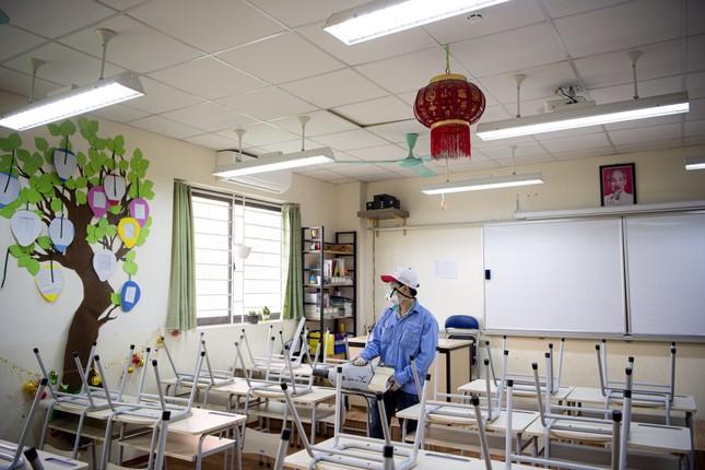 Đón học sinh trở lại, trường học ở Hà Nội trang bị phòng cách ly ảnh 7