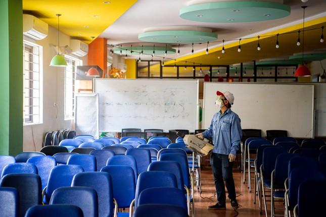 Đón học sinh trở lại, trường học ở Hà Nội trang bị phòng cách ly ảnh 6