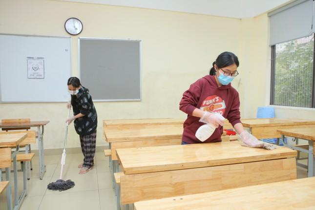 Đón học sinh trở lại, trường học ở Hà Nội trang bị phòng cách ly ảnh 3