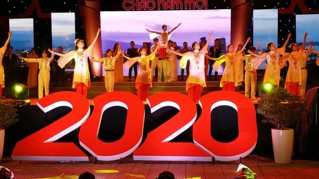 TT-Huế: Tưng bừng Dạ hội Thanh niên chào năm mới 2020 ảnh 1