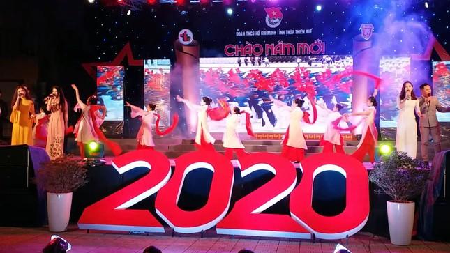 TT-Huế: Tưng bừng Dạ hội Thanh niên chào năm mới 2020 ảnh 5