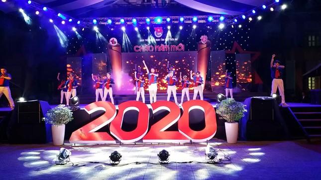 TT-Huế: Tưng bừng Dạ hội Thanh niên chào năm mới 2020 ảnh 7