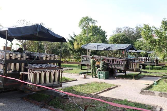 Tận mục 'trận địa' pháo hoa tại di tích Cầu Ngói Thanh Toàn ảnh 6
