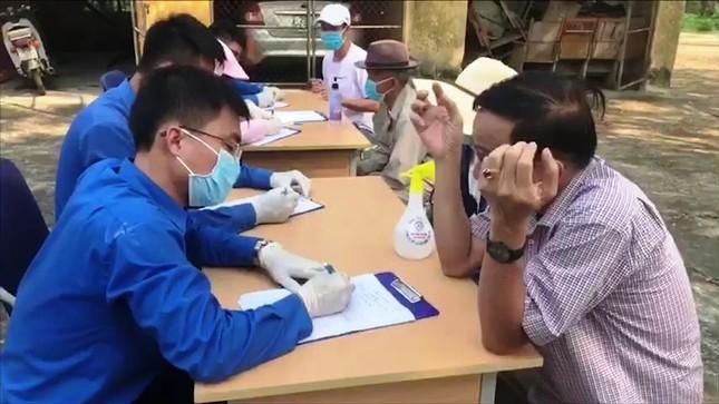Huế 'kích hoạt' 5 chốt kiểm soát y tế phòng Covid-19 ảnh 5