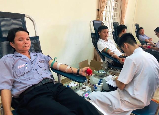 Thị xã Hương Thuỷ tỉnh TT-Huế sôi nổi hiến máu tình nguyện ảnh 1