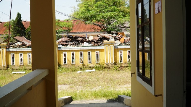 Dự án tiền tỷ 'mắc cạn', rác phế liệu tấn công khu dân cư, vây trạm y tế ảnh 4