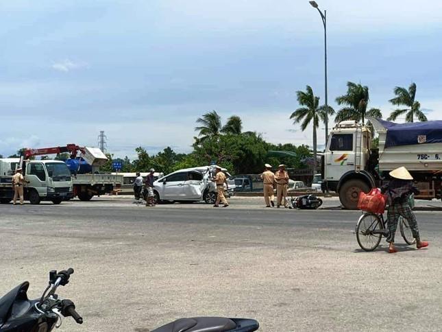 Xe 'điên' gây tai nạn liên hoàn cho nhiều phương tiện trên Quốc lộ 1 ảnh 1