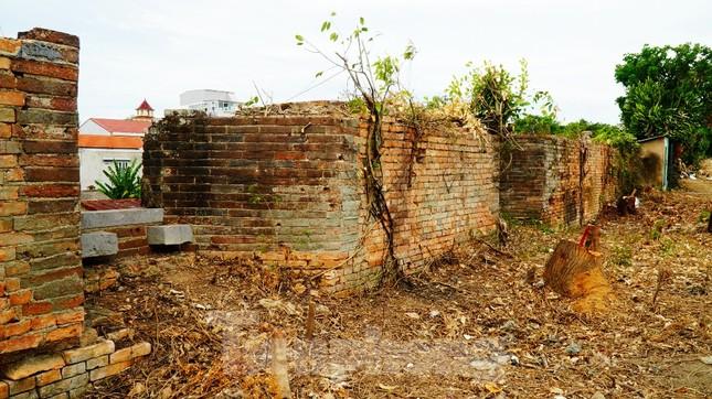 Chiêm ngưỡng những pháo đài trăm năm trên Thượng thành Huế ảnh 4
