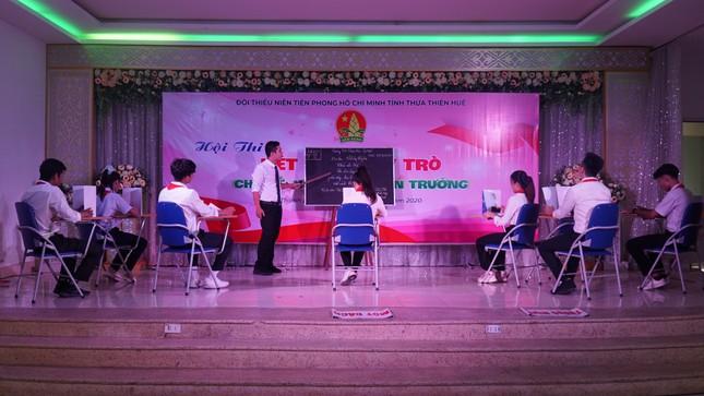 Giáo viên, học sinh xứ Huế trổ tài 'Nét đẹp thầy trò' ảnh 11