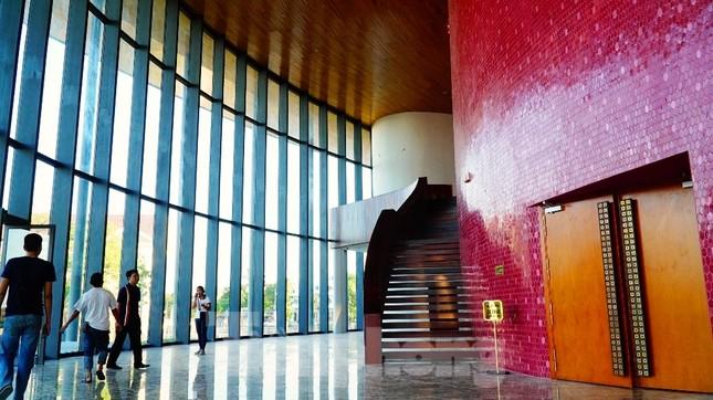Nhà hát 1.000 chỗ độc đáo, sang trọng và hoành tráng bậc nhất xứ Huế ảnh 6