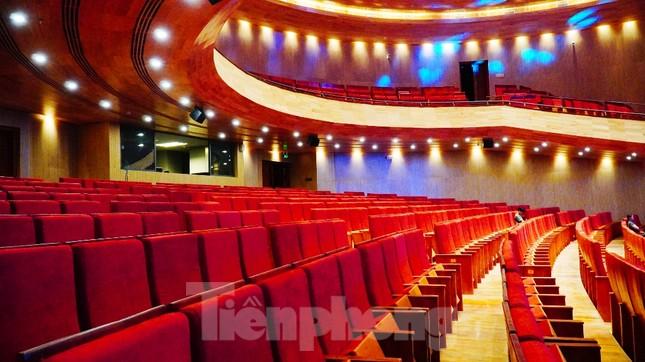 Nhà hát 1.000 chỗ độc đáo, sang trọng và hoành tráng bậc nhất xứ Huế ảnh 7