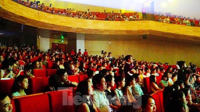 Nữ sinh viên Đại học Ngoại ngữ Huế đoạt Quán quân 'Hoa khôi Đại học Huế 2020' ảnh 22