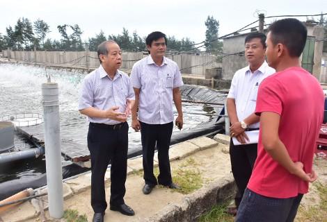 Phó Thủ tướng Trịnh Đình Dũng kiểm tra phòng chống bão số 5 tại Huế ảnh 2