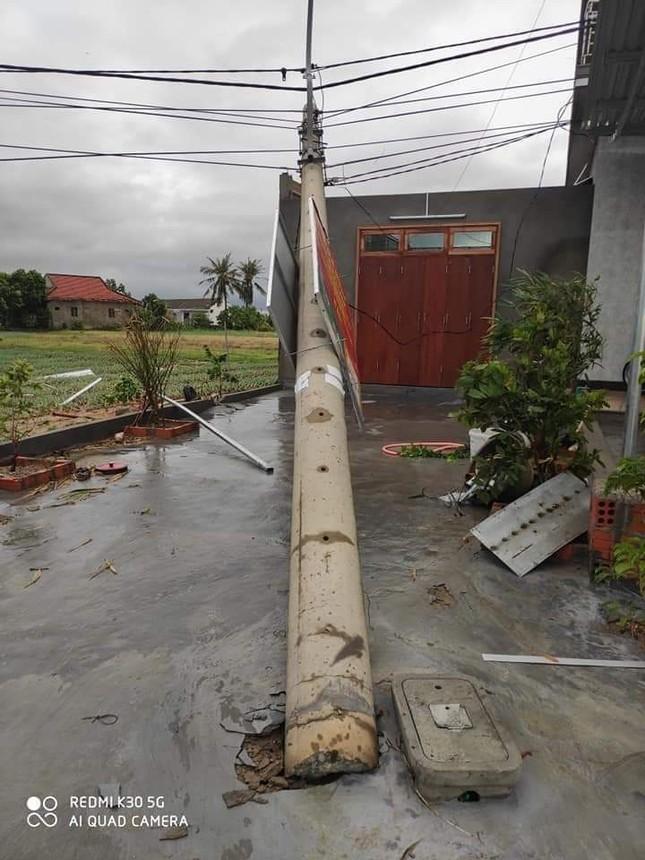 Hơn 400 cột điện đổ la liệt sau bão số 5: Tạm dừng sử dụng cột dự ứng lực ảnh 4