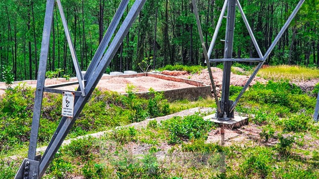 Đua nhau 'xâu xé' đất hành lang lưới điện quốc gia 500KV thành lăng mộ, nghĩa trang ảnh 7