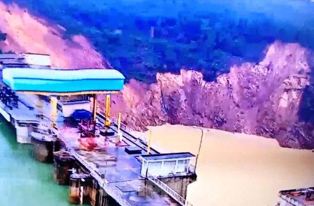 Yêu cầu thủy điện tại TT-Huế vừa xảy ra sạt lở phía hạ lưu xả tràn vì mưa lớn ảnh 1