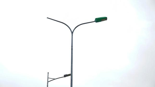 Hai công trình chiếu sáng tiền tỷ xây trên đường cụt 'bỏ hoang' ở Huế ảnh 1