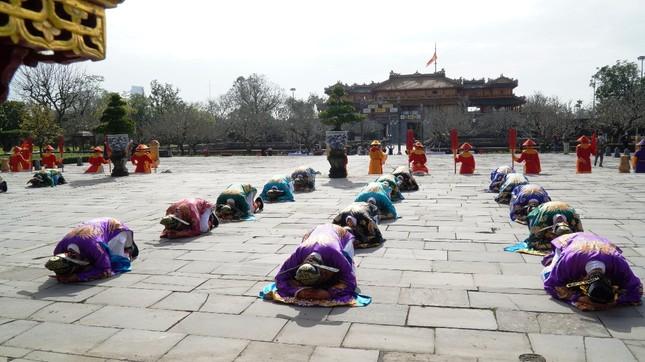 Tái hiện nghi lễ Cung đình đặc biệt dịp Tết xưa trong Đại nội Huế ảnh 2