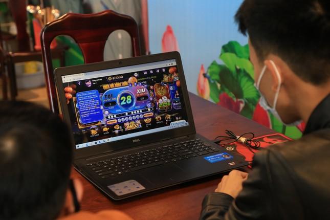 Phá đường dây đánh bạc lớn qua mạng internet, bắt 13 đối tượng ảnh 3