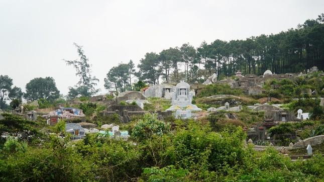 Tận mục nơi thuộc 'thế giới người chết' sắp thành công viên văn hóa ở Huế ảnh 4