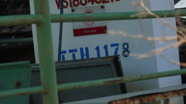 Xót xa đội phà vỏ thép tiền tỷ ở TT-Huế 'chìm tại bến' ảnh 2