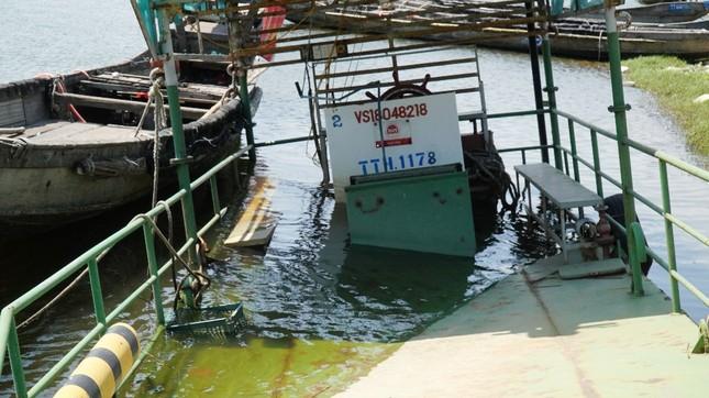 Xót xa đội phà vỏ thép tiền tỷ ở TT-Huế 'chìm tại bến' ảnh 6