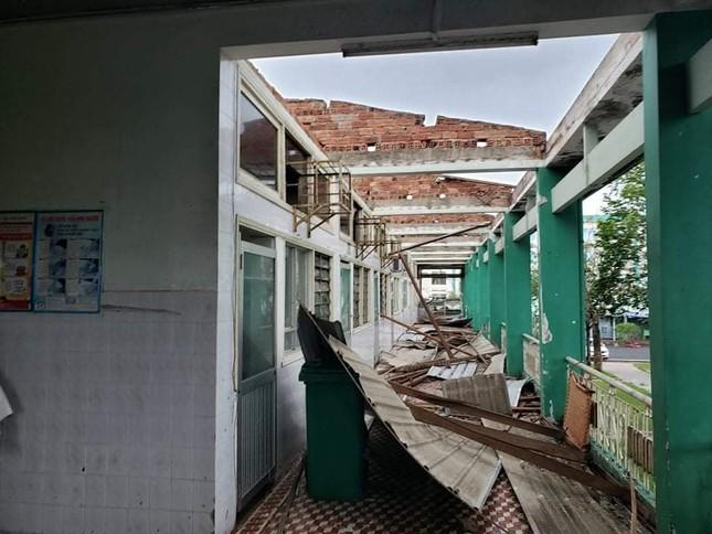 Hình ảnh Quảng Nam tan hoang sau bão số 9 ảnh 2