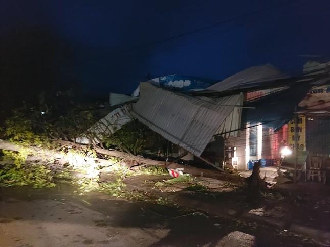 Hình ảnh Quảng Nam tan hoang sau bão số 9 ảnh 8