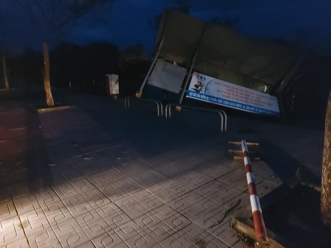 Hình ảnh Quảng Nam tan hoang sau bão số 9 ảnh 6