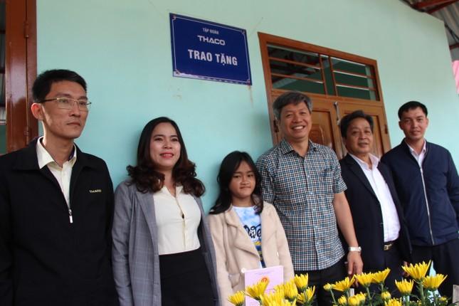 Người dân Trà Leng xúc động nhận nhà mới trước Tết ảnh 3