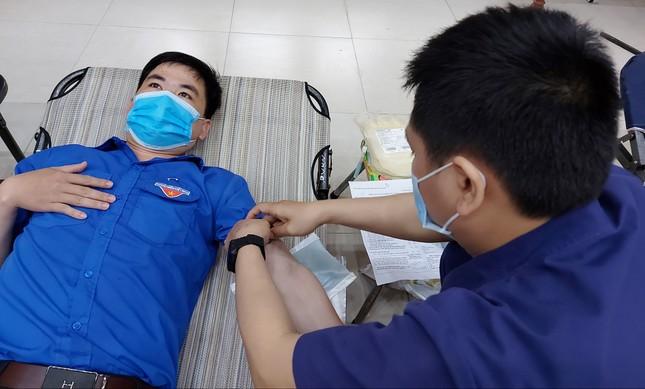 Chủ nhật Đỏ tại Quảng Nam: Những hình ảnh đẹp trong Ngày hội hiến máu cứu người ảnh 8