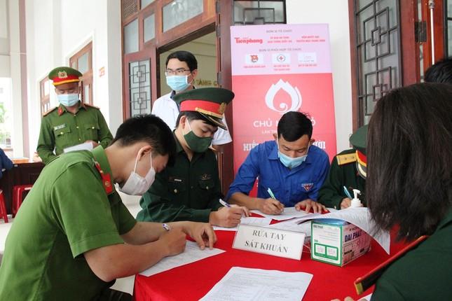 Chủ nhật Đỏ tại Quảng Nam: Những hình ảnh đẹp trong Ngày hội hiến máu cứu người ảnh 2