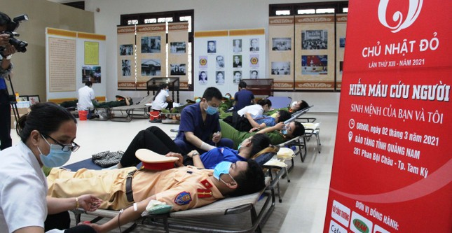 Chủ nhật Đỏ tại Quảng Nam: Những hình ảnh đẹp trong Ngày hội hiến máu cứu người ảnh 7