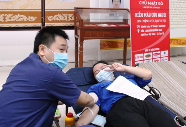 Chủ nhật Đỏ tại Quảng Nam: Những hình ảnh đẹp trong Ngày hội hiến máu cứu người ảnh 4