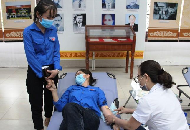 Chủ nhật Đỏ tại Quảng Nam: Những hình ảnh đẹp trong Ngày hội hiến máu cứu người ảnh 13
