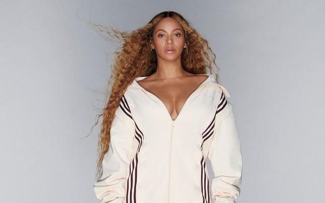 """""""Ong chúa"""" Beyoncé kêu gọi mọi người sống lạc quan, đặt niềm tin vào tương lai tốt đẹp ảnh 1"""