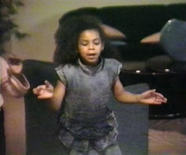 """""""Ong chúa"""" Beyoncé kêu gọi mọi người sống lạc quan, đặt niềm tin vào tương lai tốt đẹp ảnh 4"""