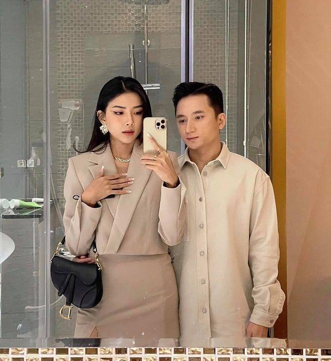 """Phan Mạnh Quỳnh hóa """"soái ca"""" trong lễ cưới, nhưng nhan sắc cô dâu mới là tâm điểm ảnh 6"""