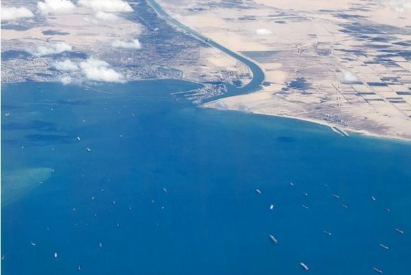 """Tàu Ever Given bị """"khui"""" chạy quá tốc độ trước khi vào kênh đào Suez, còn từng gây tai nạn ảnh 4"""