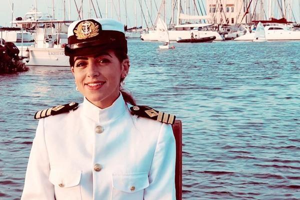 Thuyền trưởng nữ đầu tiên của Ai Cập bị đổ lỗi về vụ nghẽn kênh đào Suez, sự thật thế nào? ảnh 3